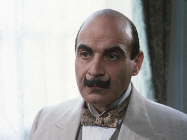 Hercule Poirot incarné par David Suchet dans la série du même nom. (Photographie : (c) DR)